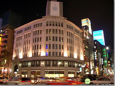 銀座4丁目交差点 和光の時計塔改修中 photo by OptioS