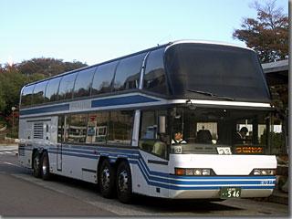 2階建ての高速バス「メガライナー」 photo by OptioS