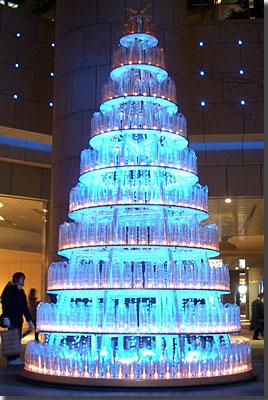 汐留シティセンターのツリー photo by OptioS