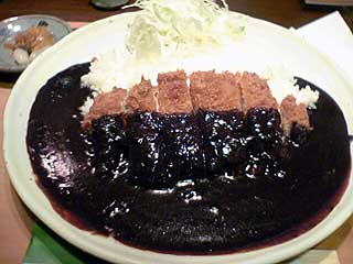 黒カツカレー photo by PEG-TH55